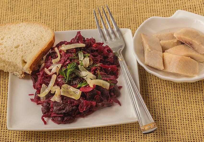 Салат із буряку фото опис