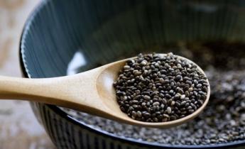 Насіння чіа та насіння льону