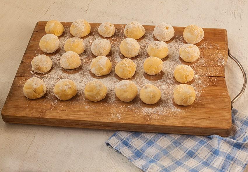 Приготування галушок з сиром фото опис