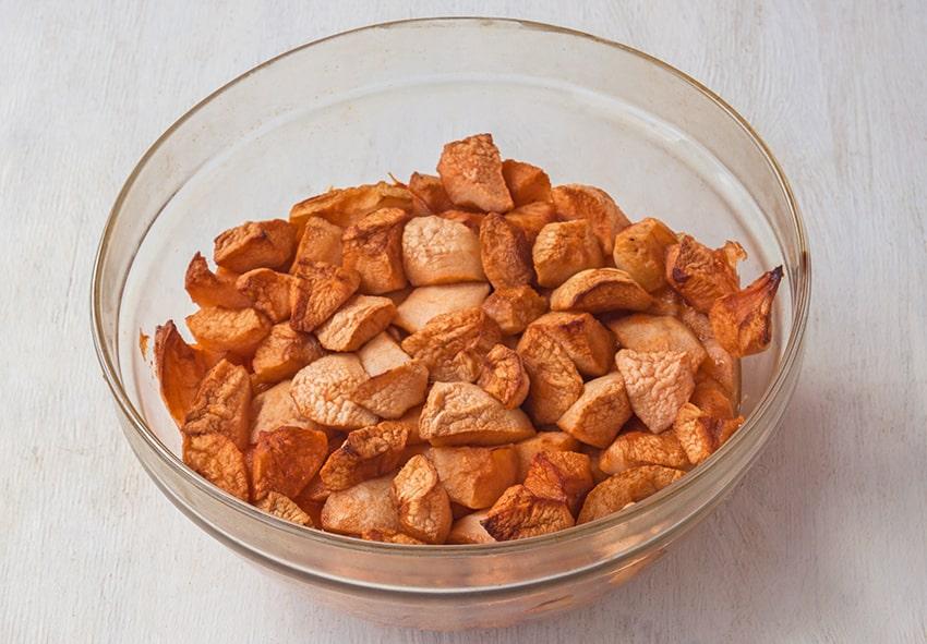 Інгредієнти для приготування яблучного пудинга