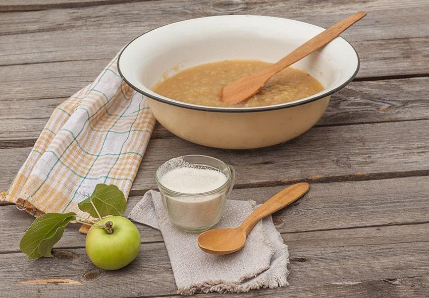 Перетерті яблука із цукром